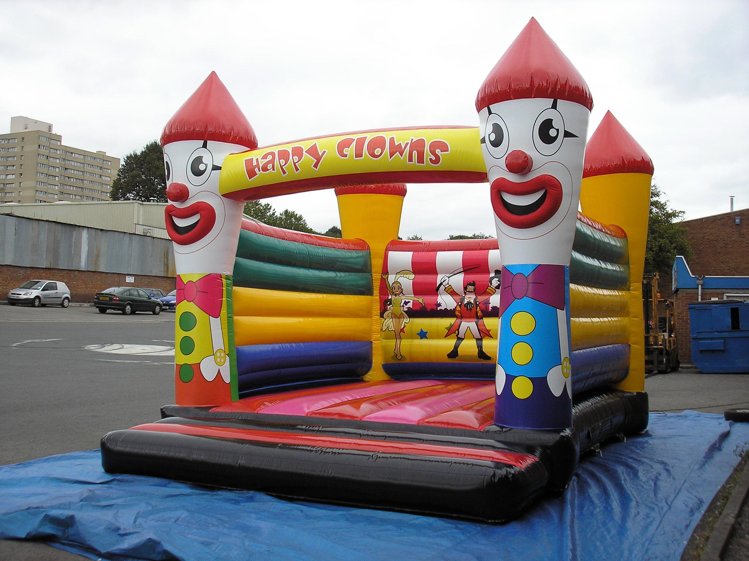chateau gonflable sans toit clown aqz118 hadektoys. Black Bedroom Furniture Sets. Home Design Ideas